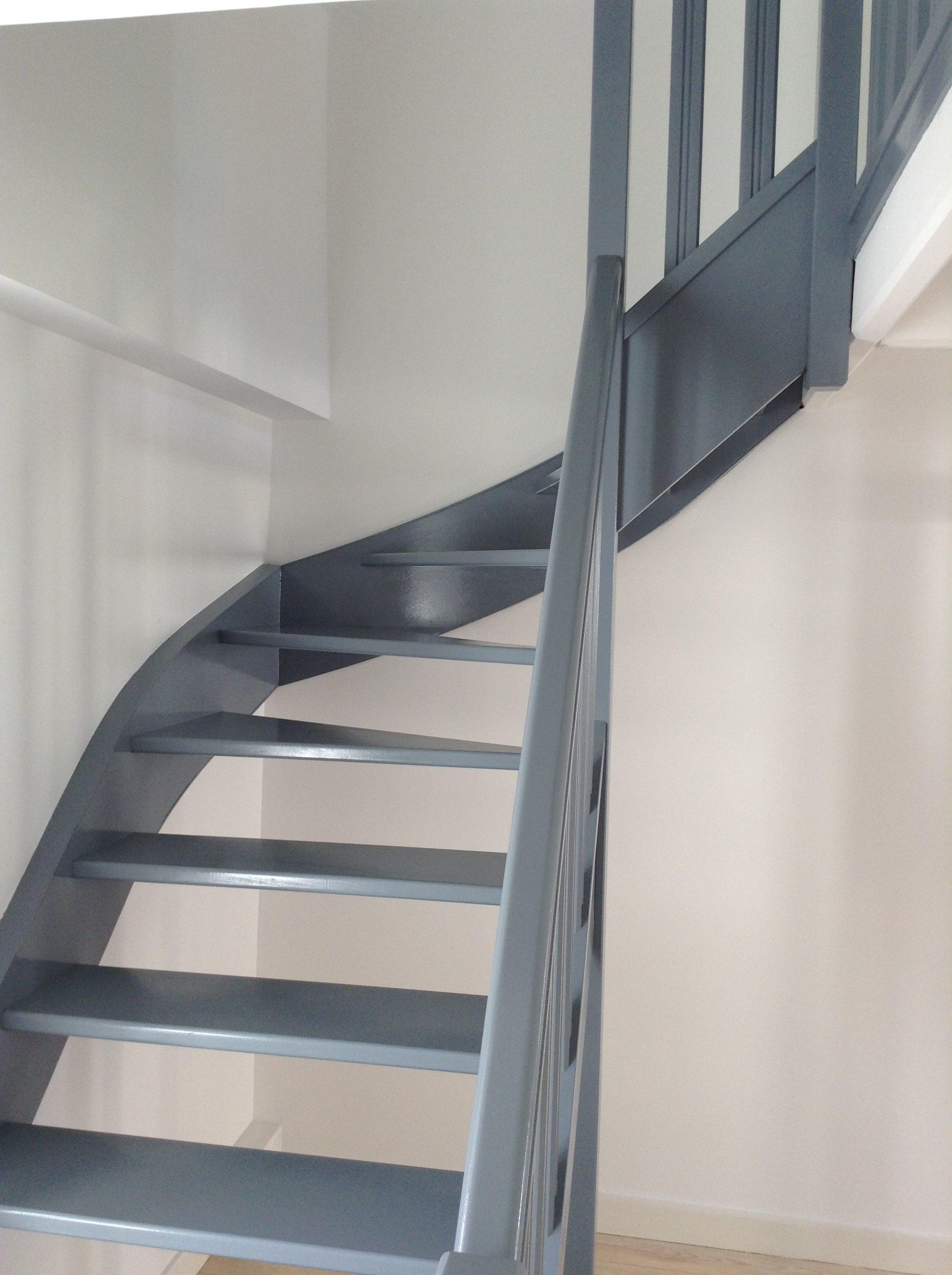 Fenêtre, porte, bâtis, escalier